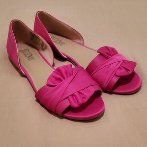 EUC Brash Dahlia fuchsia pink flats